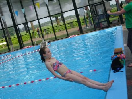 Diploma zwemmen (45).JPG